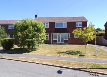 Thumbnail 3 bed detached house to rent in Woodlands Close, Parkgate, Neston
