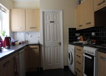 Thumbnail Room to rent in Martin Road, Baffins