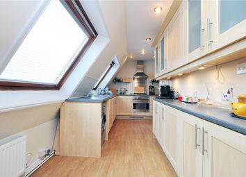 Thumbnail Flat to rent in Castelnau, London