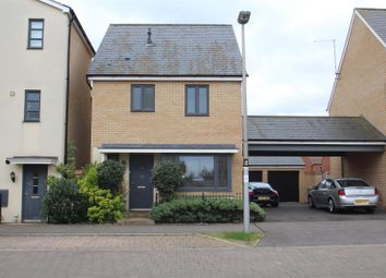 3 bed property for sale in Selkirk Drive, Oakridge Park, Milton Keynes MK14