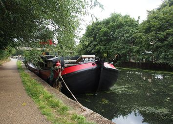 Thumbnail 2 bedroom houseboat for sale in Hackney, London
