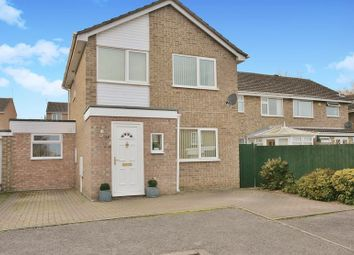 Thumbnail 3 bed detached house for sale in Grebe Road, Banbury
