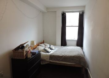 Thumbnail 6 bed flat to rent in Triangle South, Clifton, Bristol