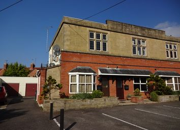 Thumbnail 2 bed flat to rent in Hendford Grove, Yeovil