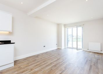 Thumbnail 1 bed flat to rent in Cambridge Road, Norbiton, Kingston Upon Thames