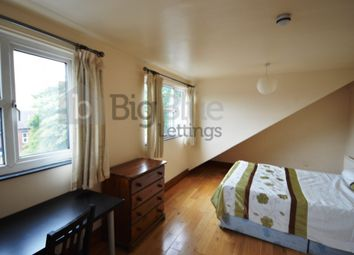 Thumbnail 3 bed flat to rent in 72A Victoria Road, Hyde Park, Three Beds, Leeds
