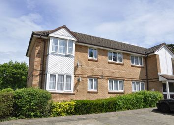 Thumbnail 2 bed flat to rent in Borndene, Potters Bar