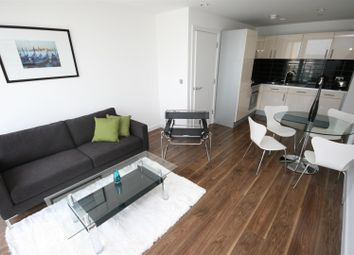 Thumbnail 1 bed flat to rent in Numberone, Mediacityuk, Salford Quays