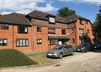 Thumbnail 2 bedroom flat to rent in Limeway Terrace, Dorking