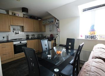 Thumbnail 2 bedroom flat for sale in Frenchs Avenue, Dunstable