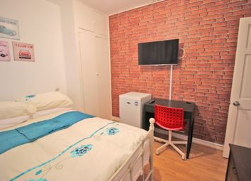 Thumbnail Room to rent in Wheler Hosue, Quaker Street, London