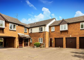 Yew Tree Close, Lapworth, Solihull B94. 2 bed flat