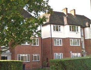 Thumbnail 2 bed flat to rent in Park Farm Close, East Finchley