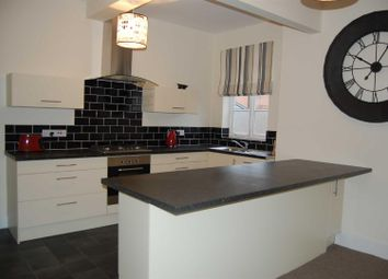 Thumbnail 2 bedroom flat to rent in Church Street, Southwell