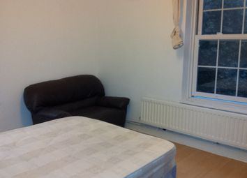 Thumbnail 4 bed flat to rent in Whitworth House, Falmouth Road, Elephant And Castle