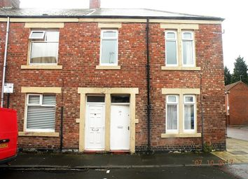 Thumbnail 3 bedroom flat to rent in Hugh Street, Wallsend