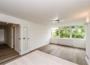 Thumbnail 3 bed flat to rent in Ladbroke Road, Holland Park, London