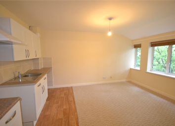 Thumbnail 1 bed flat to rent in Mount Pleasant, Mount Lane, Bracknell, Berkshire