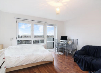 Thumbnail 3 bedroom flat to rent in Thetford House, London Bridge