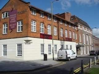 Thumbnail Serviced office to let in Brent Street, London