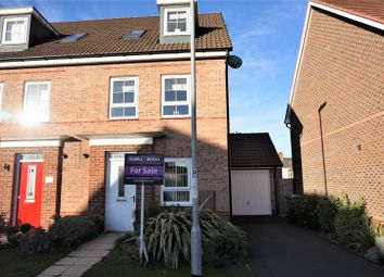 Thumbnail 4 bed town house for sale in Edgbaston Drive, Retford