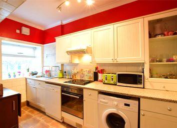 Thumbnail 1 bed flat to rent in Flat 2 47 Upper Grosvenor Road, Tunbridge Wells, Kent