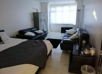 Thumbnail 1 bed flat to rent in Forest Rise, Walthamstow