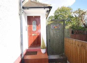 Thumbnail 2 bed flat to rent in Victoria Close, Barnet, Hertfordshire