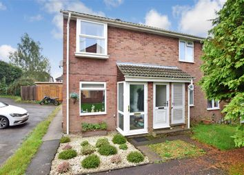 Thumbnail 2 bed flat for sale in Arle Close, Clanfield, Hampshire