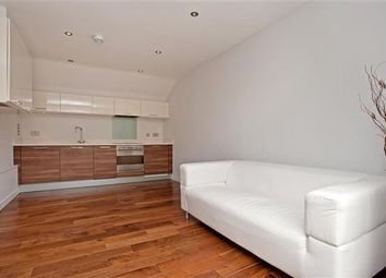 Thumbnail 1 bed flat for sale in Elbe Street, Fulham