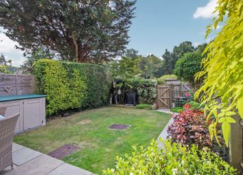 Lind Way, Park Gate, Southampton SO31. 3 bed terraced house