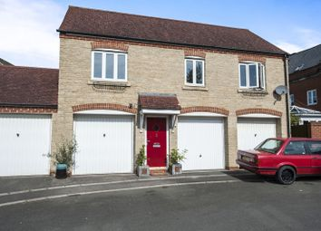 Thumbnail 2 bedroom flat to rent in Maybold Crescent, Swindon, Wiltshire