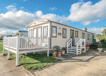 2 bed mobile/park home for sale in Kingfisher Park Homes, Burgh Castle, Great Yarmouth NR31