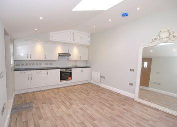 Thumbnail 1 bed flat to rent in Eardley Road, Sevenoaks