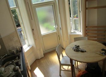 Thumbnail Studio to rent in Linthorpe Road, London