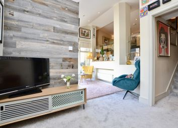 Thumbnail 2 bed flat for sale in Abbeville Road, Clapham