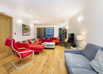 Thumbnail 3 bedroom flat to rent in Green Walk, Tower Bridge, London