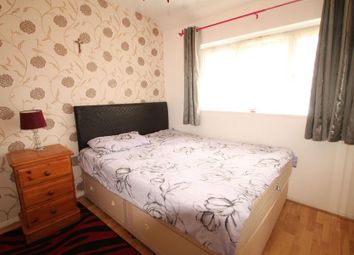 Thumbnail Room to rent in Elsinore Avenue, Stanwell, Staines