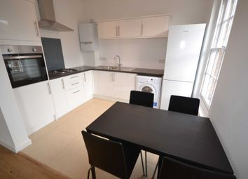 Thumbnail 2 bedroom flat to rent in Reading, Berkshire