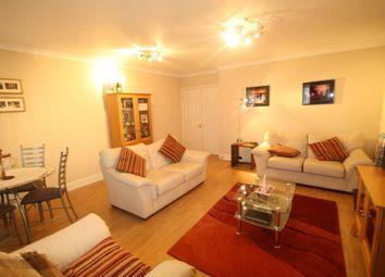 Thumbnail 3 bedroom flat to rent in Wedmore Street, Islington