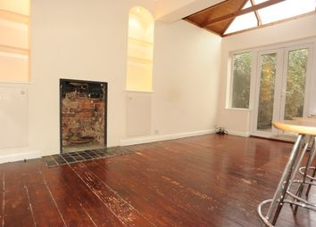 Thumbnail 3 bed property to rent in Bramdean Crescent, London