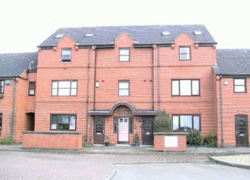 Thumbnail 1 bed flat to rent in Lutterworth Road, Blaby, Leicester