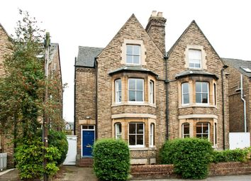 Thumbnail 4 bed town house to rent in Richmond Road, Oxford
