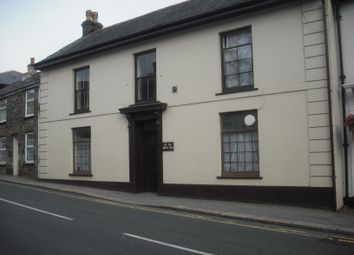 Thumbnail Room to rent in West End, Redruth