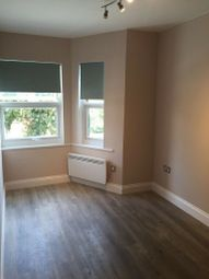 3 Bedrooms Flat to rent in High Street, Harrow HA3