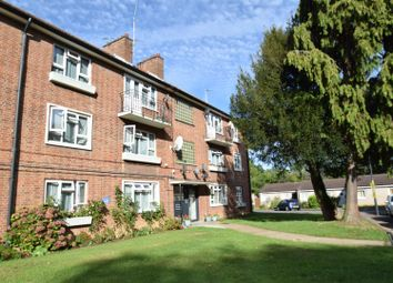 Antoneys Close, Pinner HA5. 2 bed flat