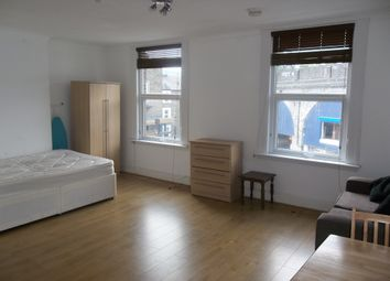 Thumbnail Studio to rent in Iverson Road, Kilburn, London