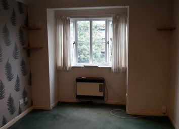 Thumbnail 1 bed flat to rent in Garlands Road, Redhill, Redhill