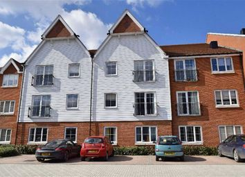 Thumbnail 1 bed flat to rent in Mere Road, Dunton Green