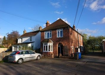 Thumbnail 2 bed flat to rent in Broadmoor Road, Waltham St. Lawrence, Reading